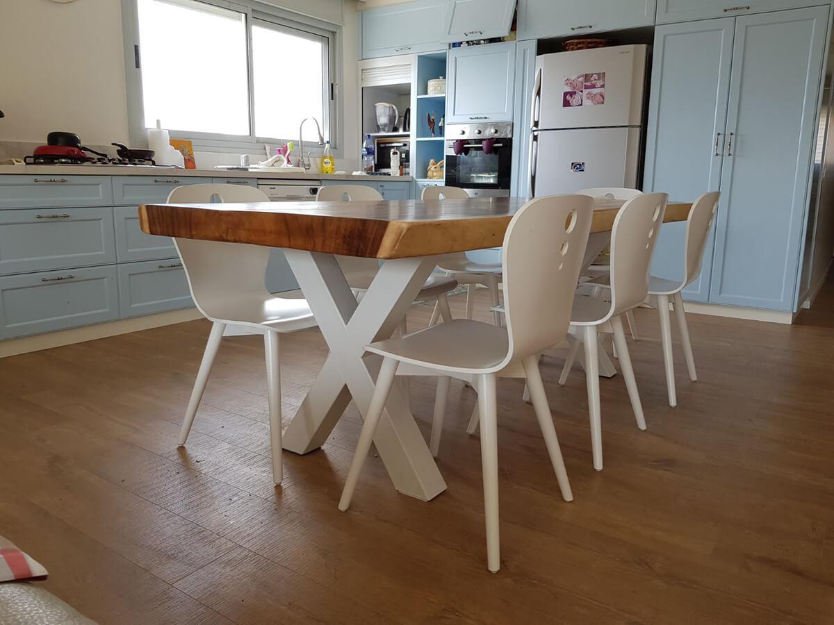 שולחן אוכל גזע פרוס רגל איקס שמנת