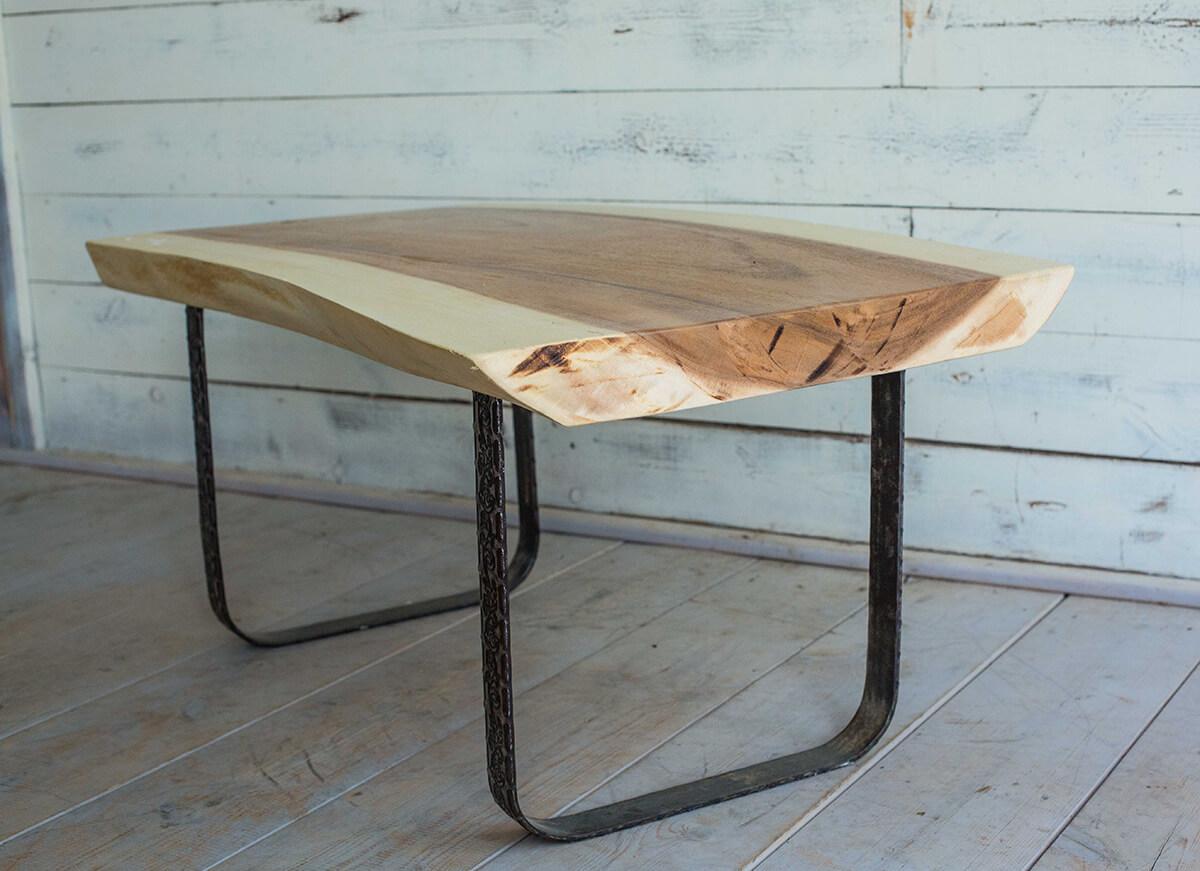 שולחן סלוני גזע מעוצב