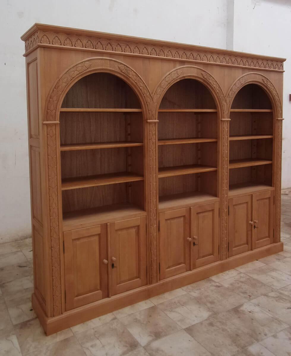 ספרייה עץ מלא בגוון טבעי