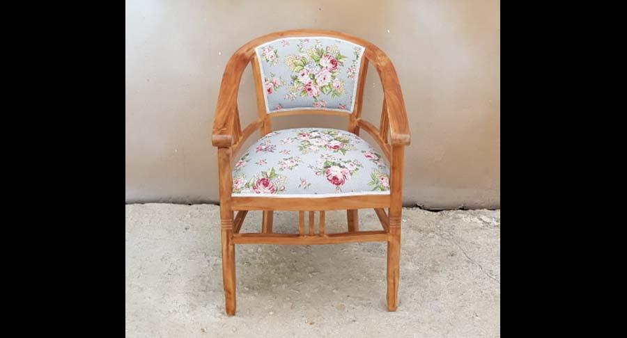 """כיסא ביטוויה עץ מלא במחיר מבצע: 1190 ש""""ח במקום 1800 ש""""ח"""