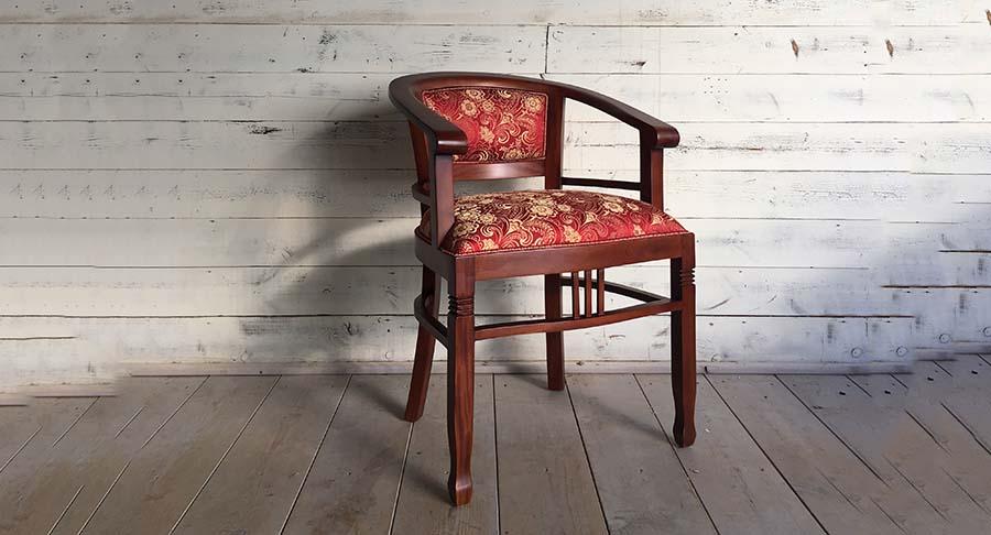 """כיסא ביטוויה עץ מלא במחיר מבצע: 1390 ש""""ח במקום 1800 ש""""ח"""