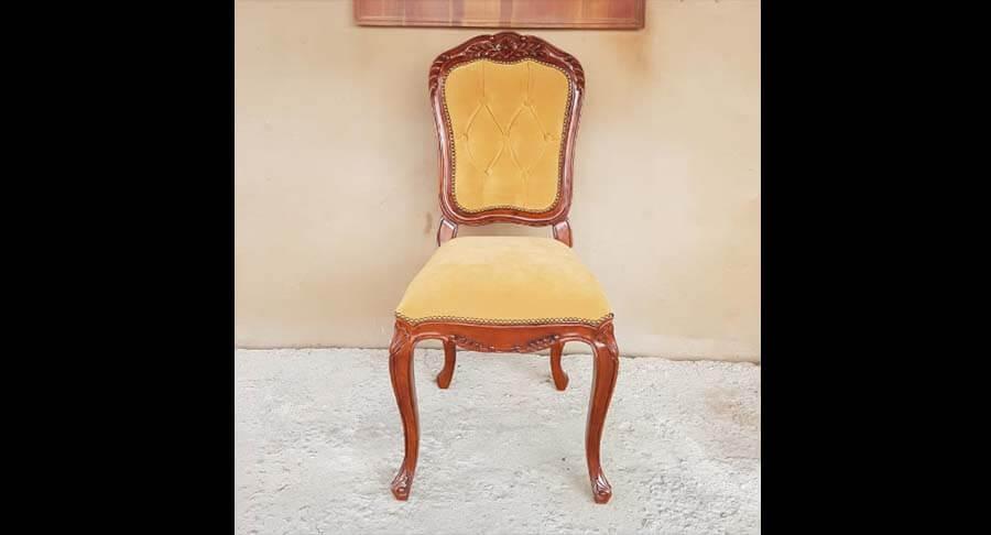 """כיסא עץ מלא במחיר מבצע: 1200 ש""""ח במקום 1600 ש""""ח"""