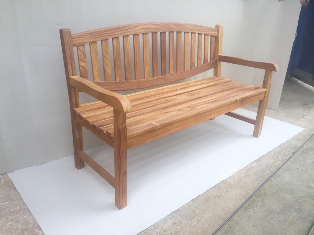 ספסל גב אובלי טיק