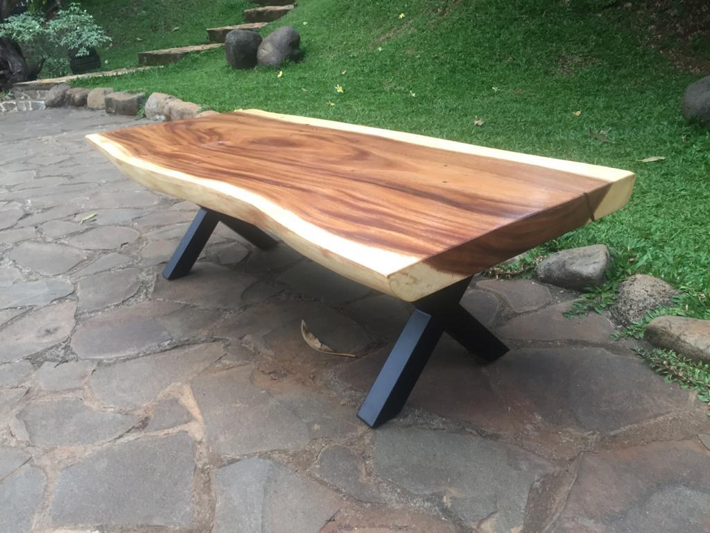 שולחן סלון גזע פרוס רגל נפחות
