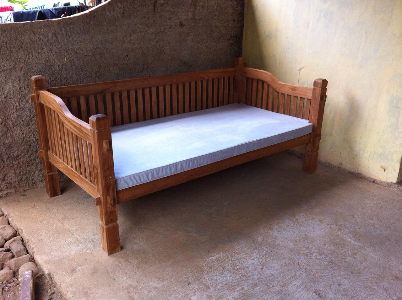 inova day bed