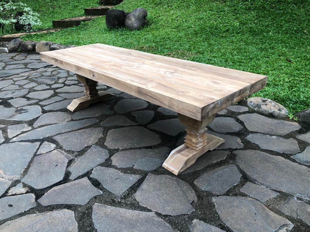"""שולחן סלון עץ מלא טיק במחיר מבצע: 3,400 ש""""ח"""