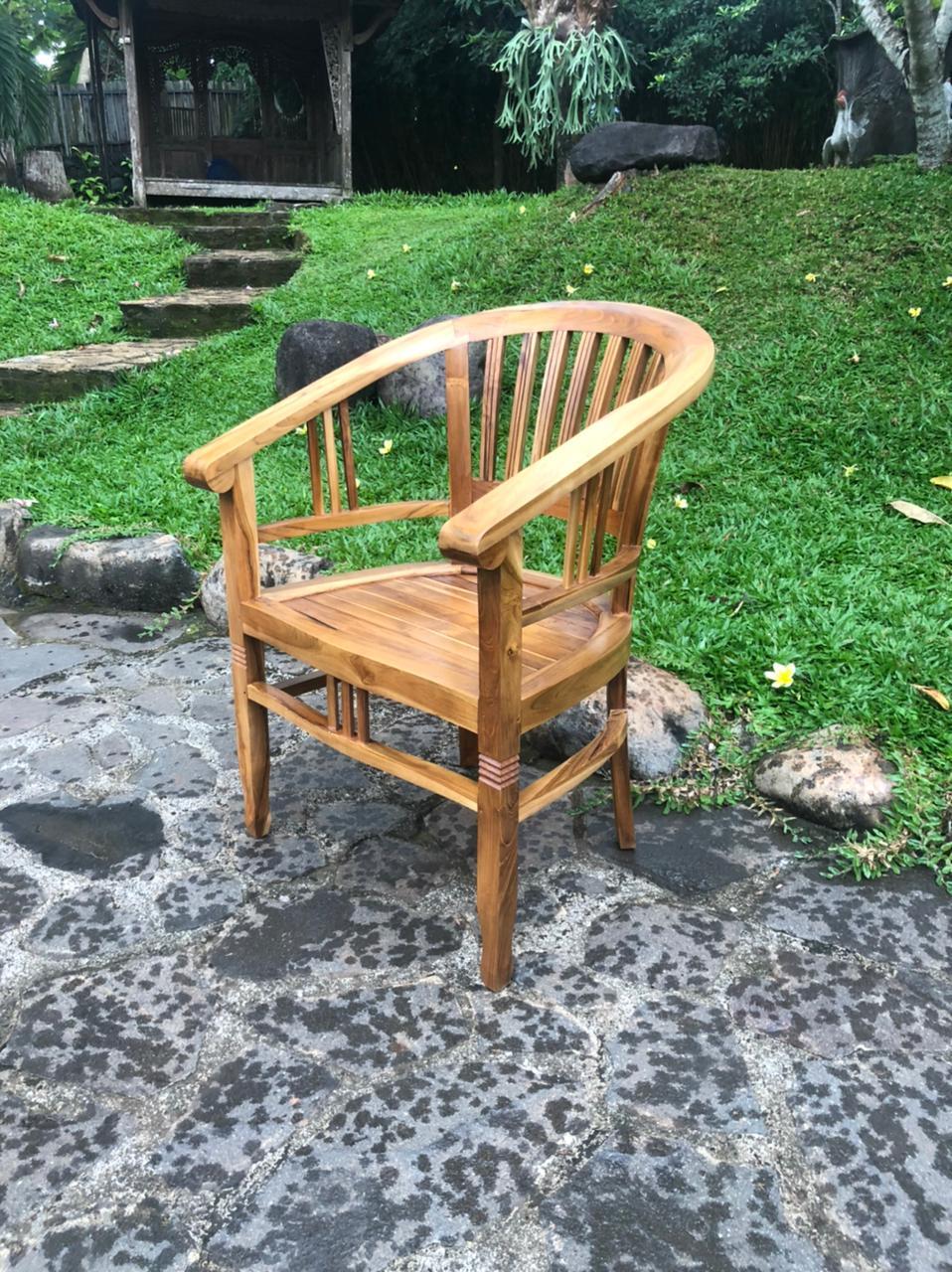 """כיסא דגם ביטווי עץ טיק במחיר מבצע: 990 ש""""ח"""