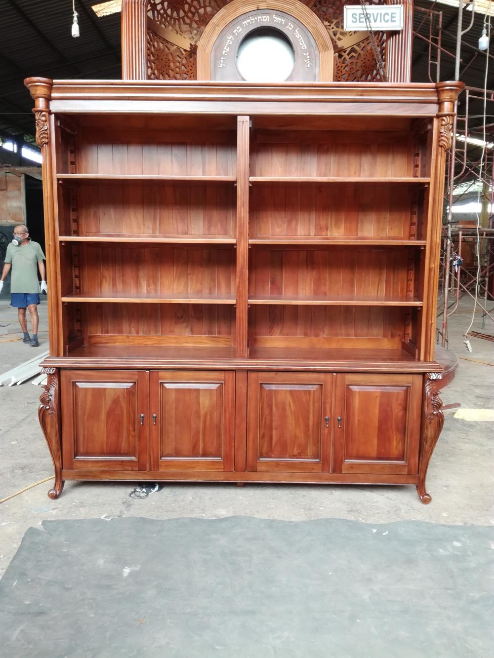 ספרייה קלאסית עץ מלא מהגוני דגם 2444