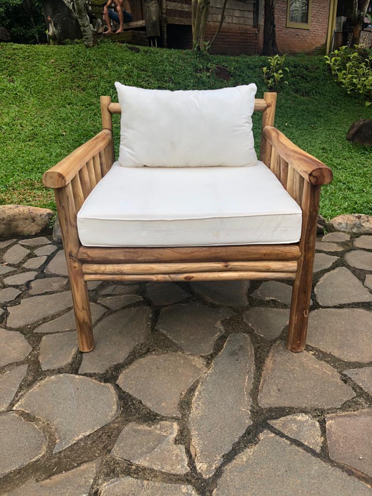 כורסא יחיד טיק צעיר