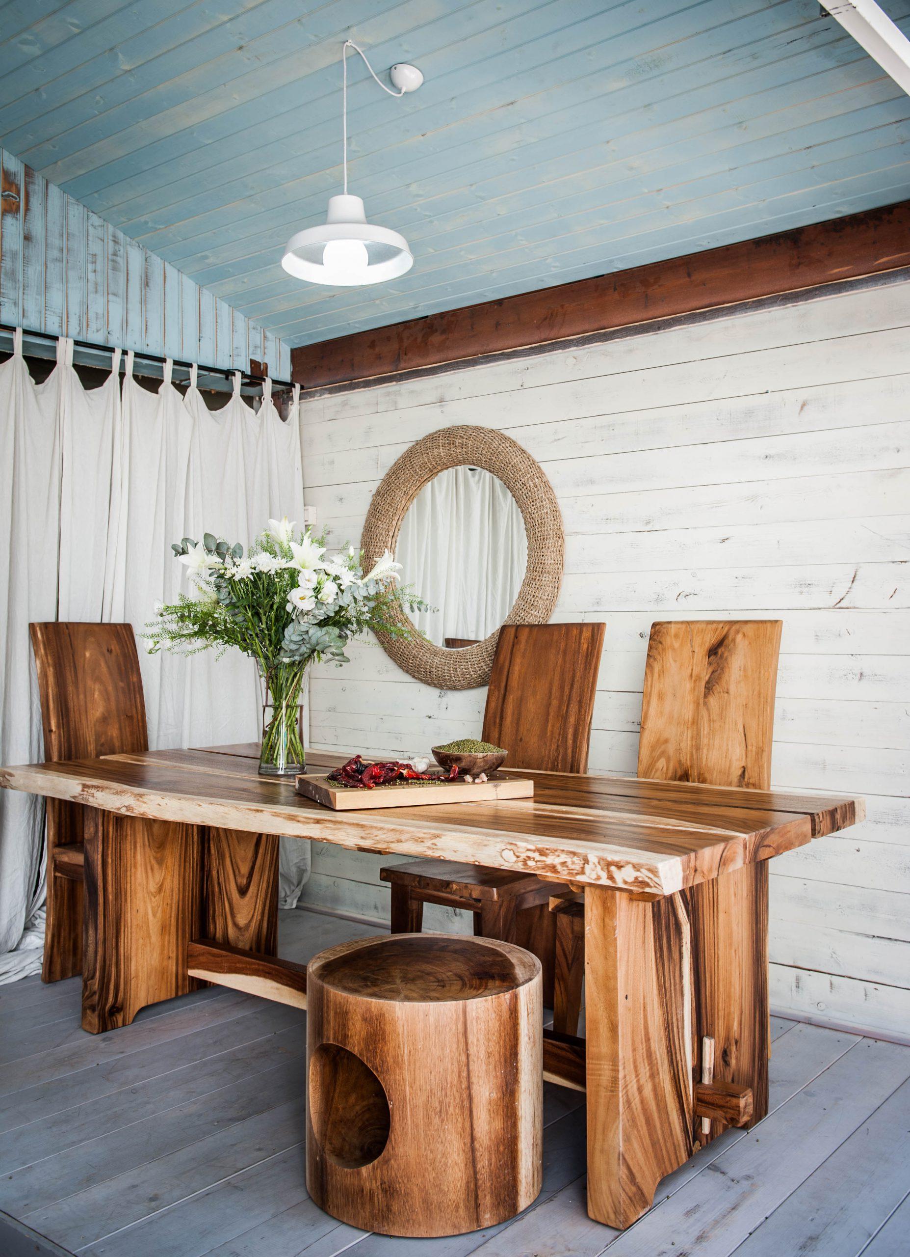 שולחן גזע פרוס רגל עץ