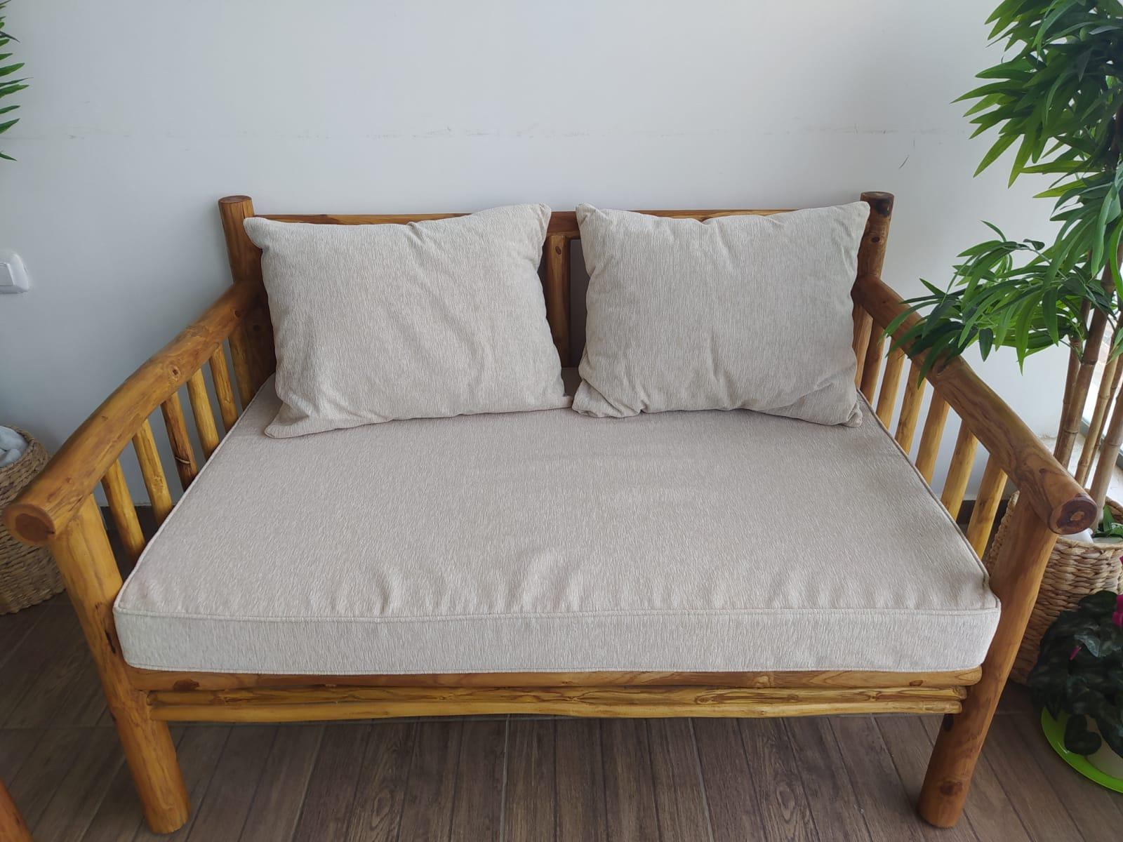 ספה דו טיק צעיר