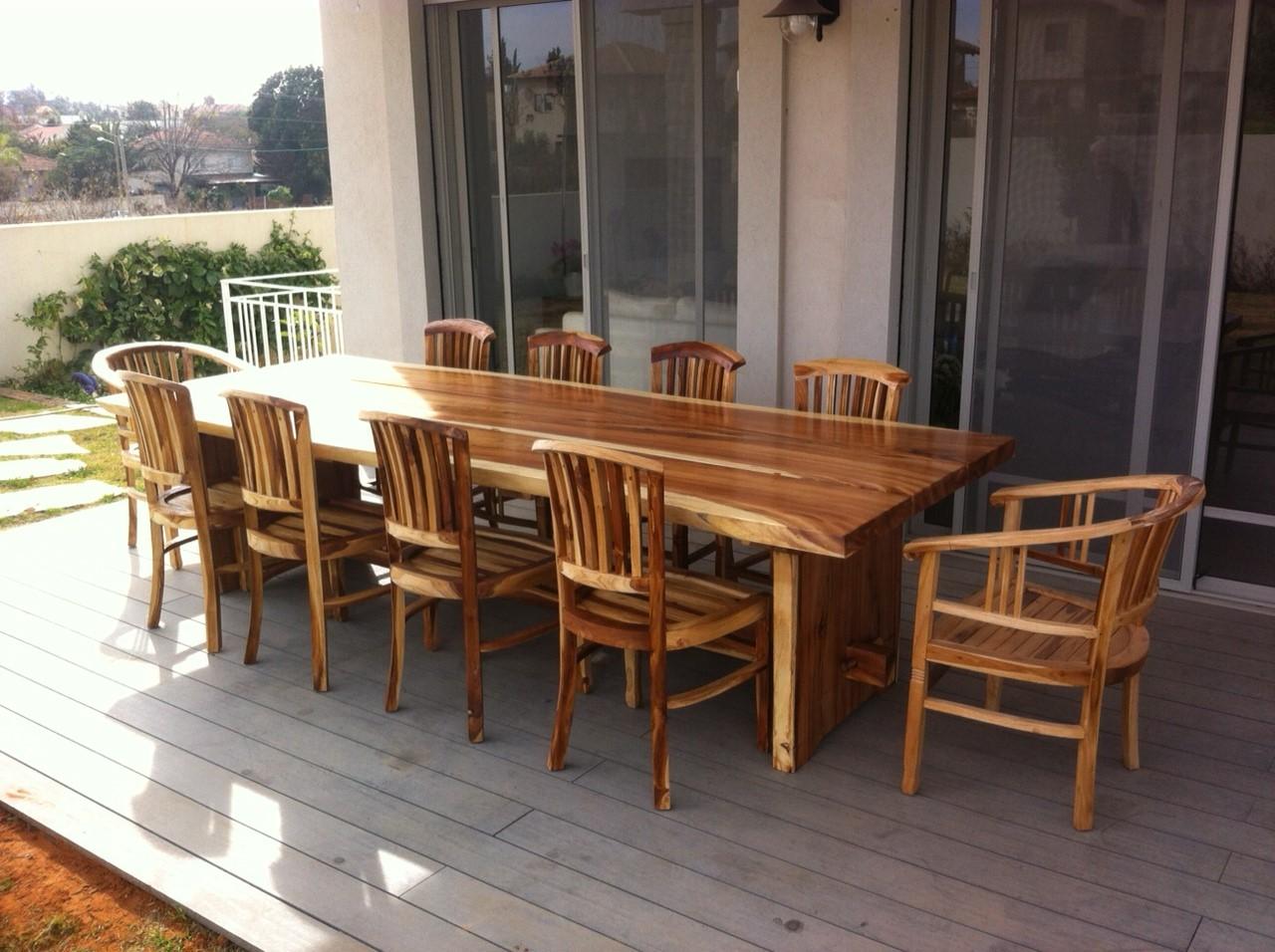 סט שולחן גזע מדהים עם כיסאות