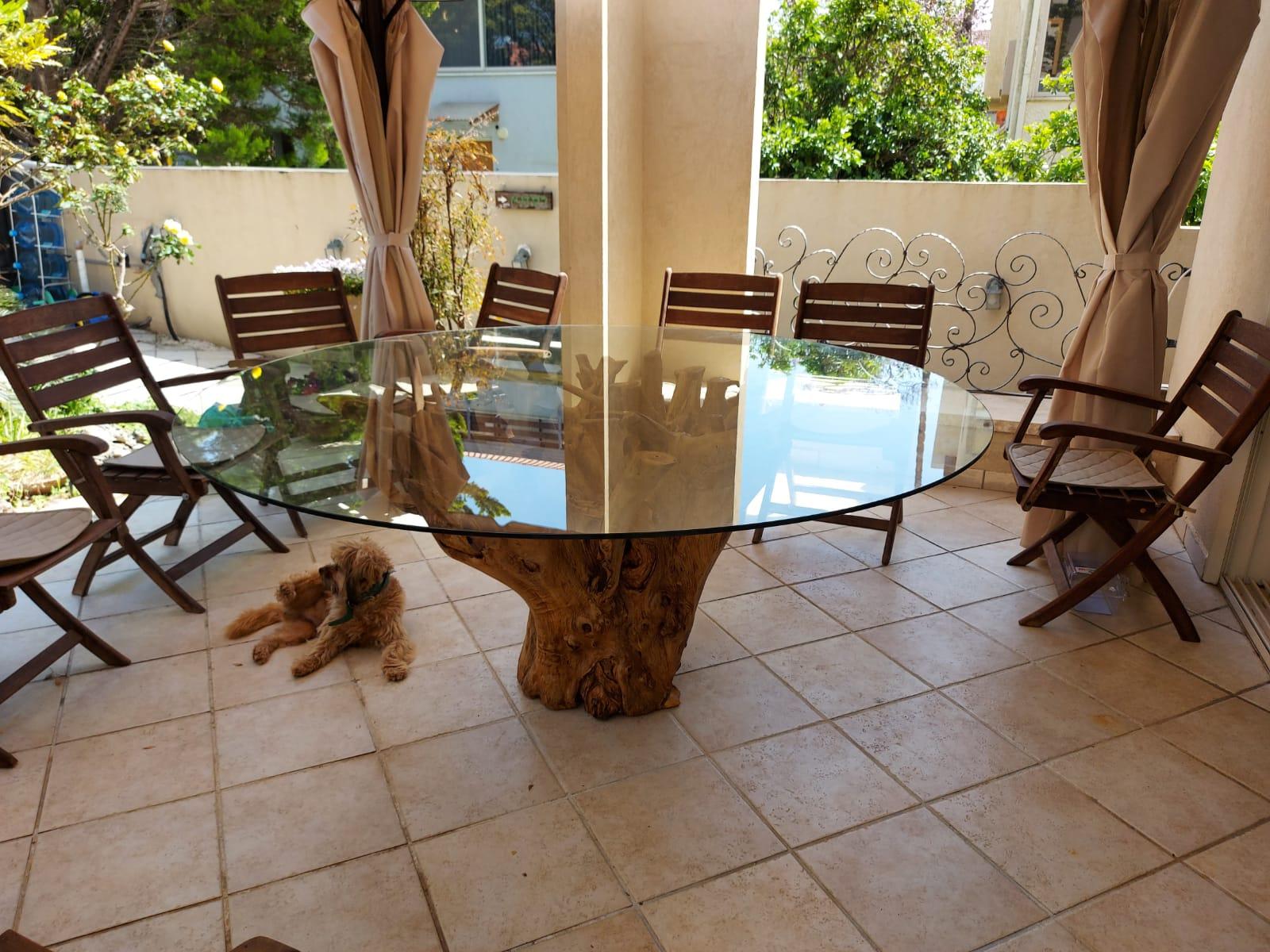 teak root daining table