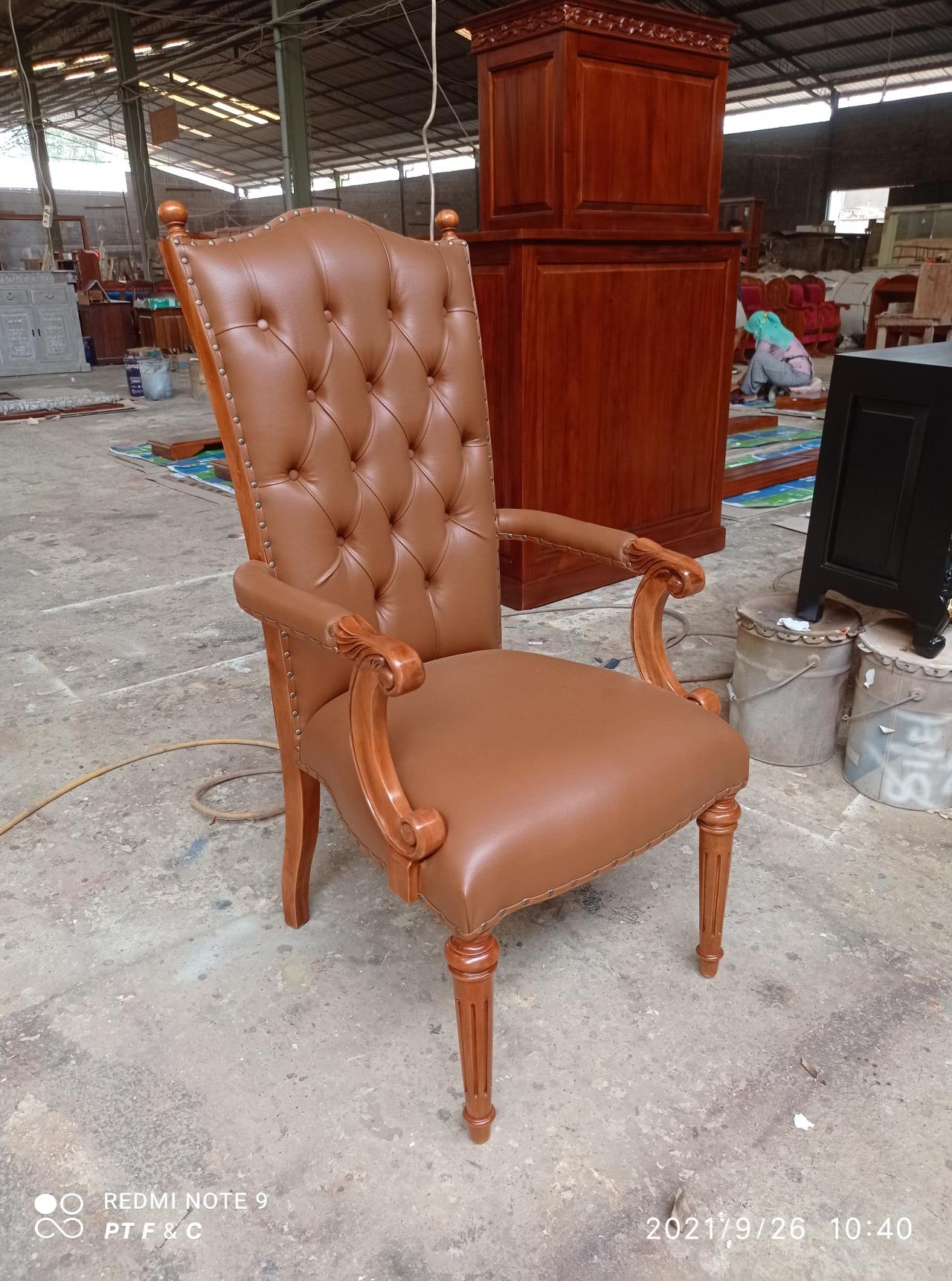 כיסא עץ מלא נגרות עבודת יד דגם 2649